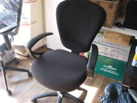Office chair in black like new A1 mint condition (yes, it's available)