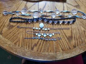 Costume jewellery/dressing up necklaces Lot 1