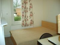 Large Single Room for Non Smokers in Walthamstow Central