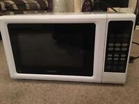 New Kenwood 900W Microwave