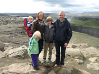 Icelandic family of four looking for long term let