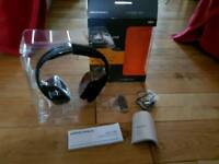 Audio 995 wireless headset