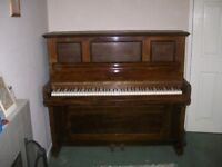 Dale Forty Piano