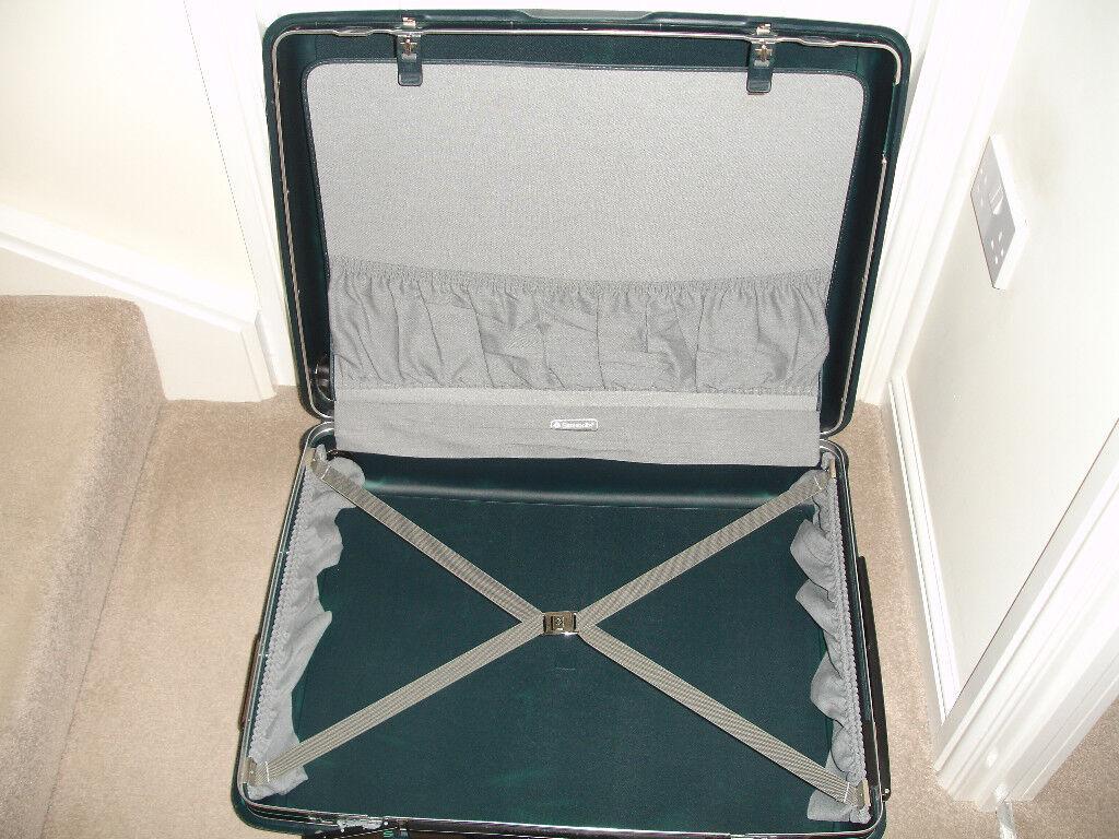 Samsonite Medium Suitcase