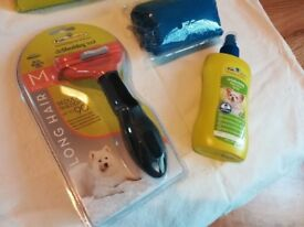 Furminator Deshedding Tool for Dogs, Medium Size, Long Haired. New, Deoderising Spray and flanel