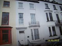 LUXURY ONE BEDROOMED FULLY FURNISHED/OR UNFURNISHED FLAT IN WHITBY. 1ST FLOOR WITH BALCONY
