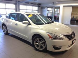 2015 Nissan Altima 2.5 SL/LOW LOW KMS/NAVI/LEATHER!!