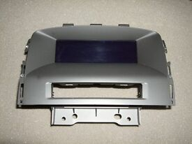 VAUXHALL ASTRA MK6 (2009 - 2014) DASHBOARD STEREO DISPLAY SCREEN 1326 7984 (BRAND NEW GENUINE PART)
