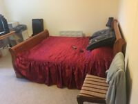2 rooms for rent - Large house in Livingston