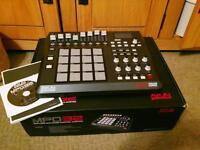 Akai MPD32 USB MIDI Drum controller