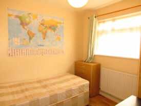 Good size single room for 95 Per week, flexiable payment options available