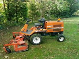 Kubota F2000 4wd ride on mower tractor lawnmower compact tractor