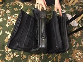 business bag on wheels, excellent condition