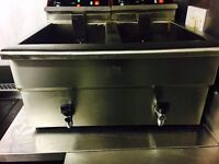 Commercial double/twin fryer ( 2x 17L Tanks HUGE All working)