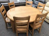 New/Ex-display**Large round solid oak dining table and 6 chairs - delivery available !!!