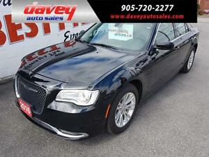 2016 Chrysler 300 Touring NAVIGATION, SUNROOF, LEATHER SEATS
