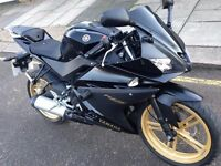 Yamaha YZF R-125 in Black Immaculate condition Facelift ONLY 3109 MILES
