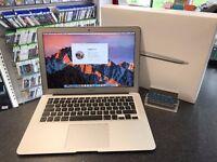 "MacBook Air 2015 13"" Display Intel Core i5 1.6GHz 4GB RAM 128GB SSD"