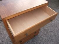 LOVELY WOODEN 6 - DRAWER CHEST OF DRAWERS