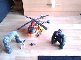 Giant Gorilla Figure Set
