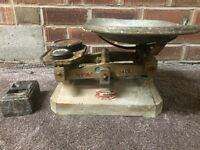 VINTAGE/ ANTIQUE T.E & SONS LTD PORTSMOUTH WEIGHING SCALE!, BARGAIN!, OFFERS!