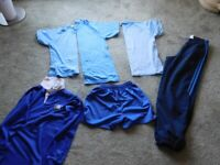 A BUNDLE OF BOYS CLOTHING TEE SHIRTS, TOPS, ADIDAS TROUSERS, SHORTS FOR AGE 10 YEARS