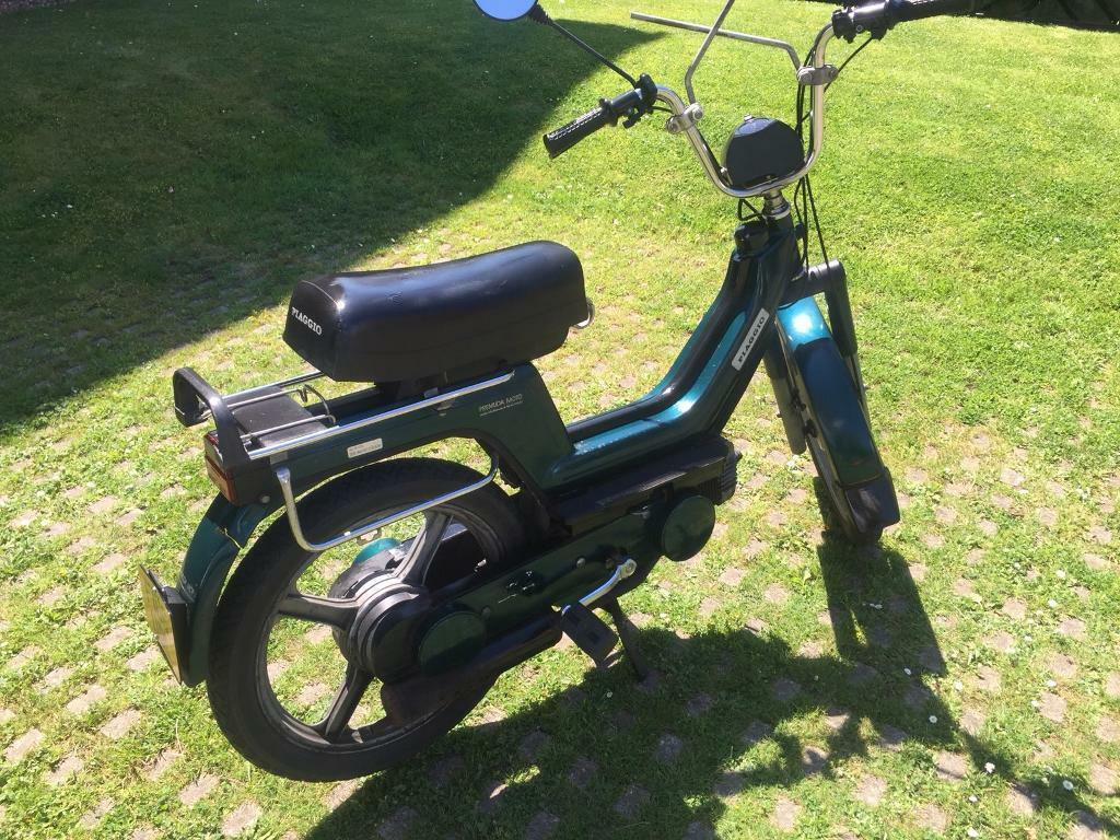 piaggio vespa px si 50 cc iconic vintage moped bicycle. Black Bedroom Furniture Sets. Home Design Ideas