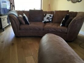 Sofology Bronco Blonde leather curved sofa and cuddle chair