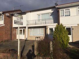 1 bedroom flat ( Langley) £1000 no bill no pets SL1
