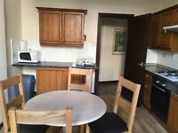 Fully furnished 2 bedroom flat Yorkhill. Large rooms and big kitchen for Rent