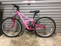 GIRLS BIKE 24INCH LIKE NEW