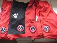 4 PAIRS SHEFFIELD UNITED FOOTBALL CLUB SHORTS - 12-13yrs (Kirkby in Ashfield)