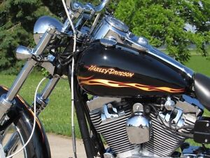2002 harley-davidson FXDWG Dyna Wide Glide  Spectacular CVO  Loo London Ontario image 6