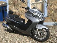 Suzuki Burgman 400 K7 excellent condition, low mileage scooter