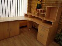 Complete corner office station
