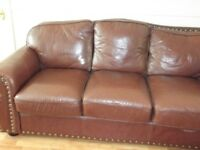 LARGE BROWN LEATHER 3 PIECE SUITE.