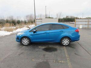 2012 Ford FIESTA SE FWD