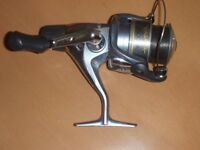 DRAGON 12FT 2 PIECE CHANNEL BEACHCASTER CAST 4 TO 8oz & SHIMANO CATANA 2500RA REEL