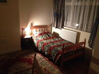 Large furnished single room to let in shared house, CB1