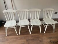 4 white dining room chairs perfect for upcycling project