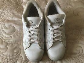 Heelys White size 7