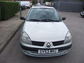 Renault Clio 1.2 16v Expression 5 door, p/x to clear mot march 2018,