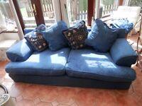 Sofa, DFS (Delta)