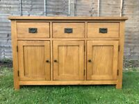 Beautiful Solid Oak Rustic Sideboard– 3 Draw – 3 Door – Quality - Great Condition
