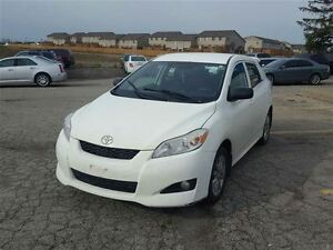 2009 Toyota Matrix Base - FREE WINTER TIRE PACKAGE