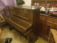 Piano Free to pick up