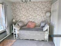 1 bedroom in Landalewood Road, York, YO30 (#993170)