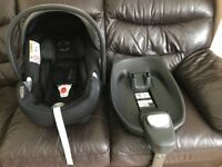 Cybex Aton Q car seat with isofix base