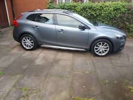 Volvo V40 Cross Country 2.0 D2 Lux Geartronic (s/s) 5dr