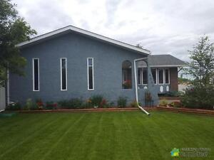 $375,000 - Bungalow for sale in Edson